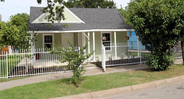 418 Lansing Street, Dallas, TX 75203 (MLS #14376240) :: Tenesha Lusk Realty Group
