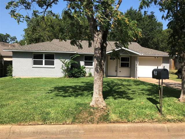 912 S Main Street, Euless, TX 76040 (MLS #14376805) :: North Texas Team | RE/MAX Lifestyle Property