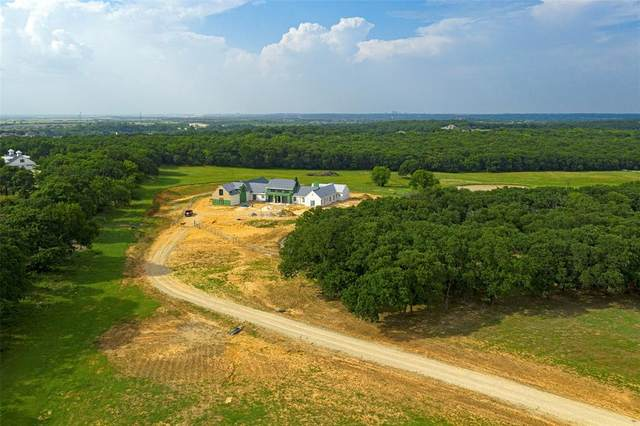735 E Hickory Hill Road, Argyle, TX 76226 (MLS #14377937) :: The Rhodes Team