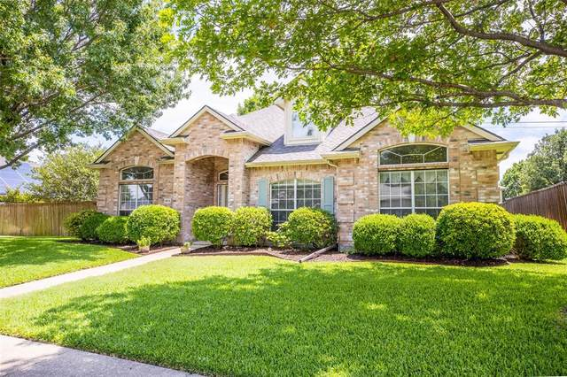8818 Golden Pond Drive, Rowlett, TX 75089 (MLS #14380251) :: RE/MAX Pinnacle Group REALTORS