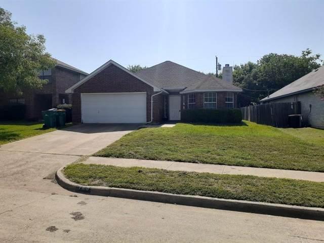 708 Keessee Drive, Cedar Hill, TX 75104 (MLS #14381740) :: The Kimberly Davis Group