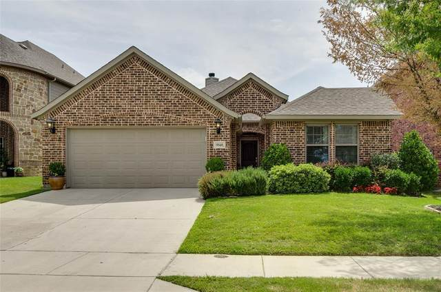 9848 Brazoria Trail, Fort Worth, TX 76126 (MLS #14390679) :: The Heyl Group at Keller Williams