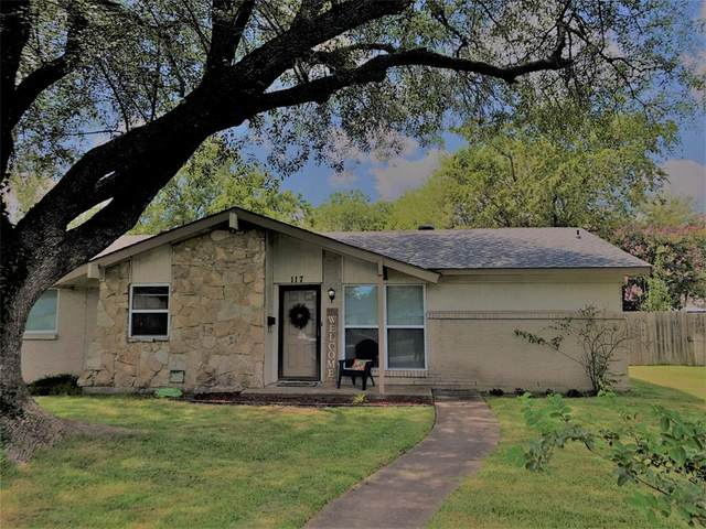 117 N Briarcrest Drive, Richardson, TX 75081 (MLS #14401900) :: Frankie Arthur Real Estate
