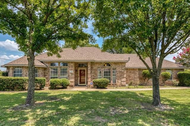 1103 Hampshire Drive, Waxahachie, TX 75165 (MLS #14402519) :: The Tierny Jordan Network