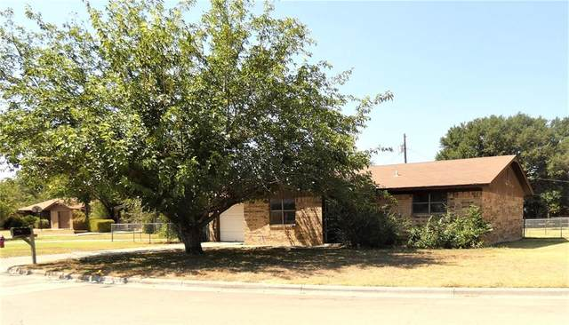 133 Bowie Circle, Brownwood, TX 76801 (MLS #14404680) :: Century 21 Judge Fite Company