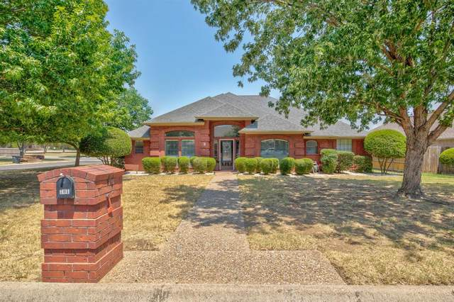 701 Quail Walk, Cleburne, TX 76033 (MLS #14408573) :: Maegan Brest | Keller Williams Realty