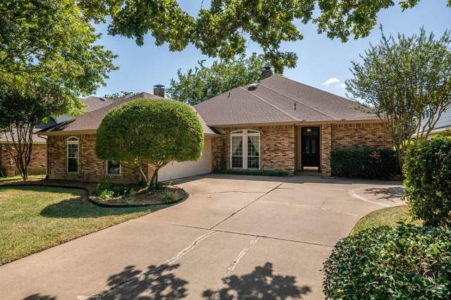 923 Kingston Drive, Mansfield, TX 76063 (MLS #14410489) :: The Heyl Group at Keller Williams