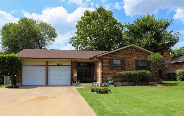 1124 Patricia Drive, Sherman, TX 75090 (MLS #14411283) :: NewHomePrograms.com LLC