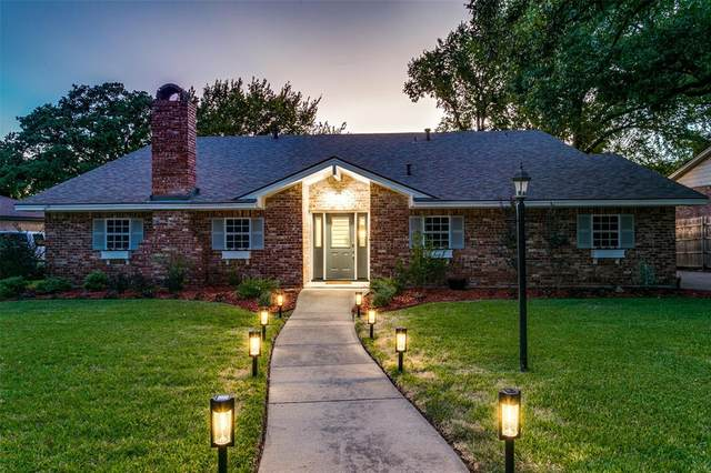 917 Overhill Drive, Bedford, TX 76022 (MLS #14411923) :: The Heyl Group at Keller Williams