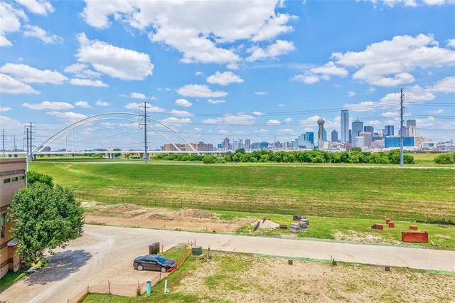 381 E Greenbriar Lane #103, Dallas, TX 75203 (MLS #14412305) :: The Hornburg Real Estate Group