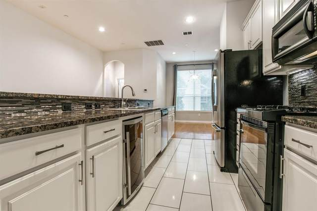 4315 Holland Avenue #22, Dallas, TX 75219 (MLS #14417392) :: The Kimberly Davis Group