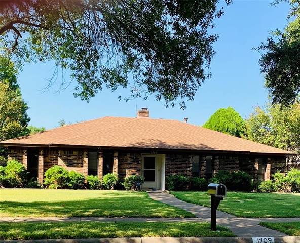 1709 Windsong Trail, Richardson, TX 75081 (MLS #14423995) :: RE/MAX Landmark