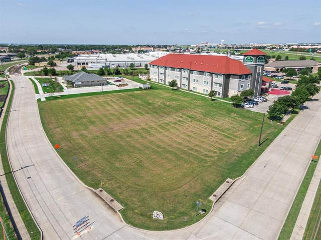 301 Stadium, Waxahachie, TX 75165 (MLS #14426121) :: The Tierny Jordan Network