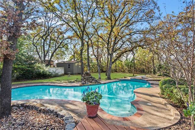 2202 Prestonwood Drive, Arlington, TX 76012 (MLS #14427177) :: Real Estate By Design