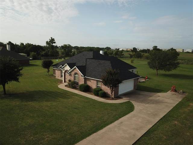 11201 Blue Sky Drive, Haslet, TX 76052 (MLS #14429030) :: Real Estate By Design