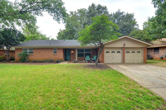 6909 Valhalla Road, Fort Worth, TX 76116 (MLS #14429847) :: Real Estate By Design