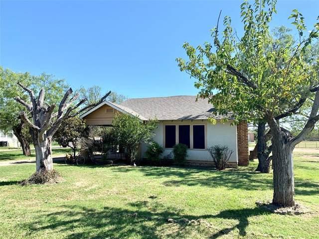 122 Sunset Boulevard, Breckenridge, TX 76424 (MLS #14430078) :: The Kimberly Davis Group