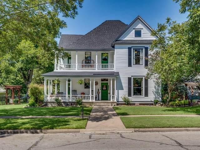 305 University Avenue, Waxahachie, TX 75165 (MLS #14431261) :: All Cities USA Realty