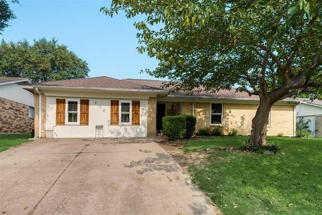 808 Lynne Lane, Burleson, TX 76028 (MLS #14432741) :: Keller Williams Realty