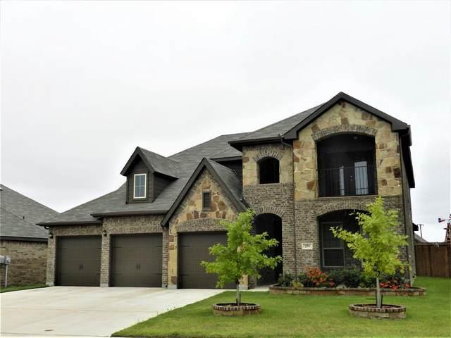 271 Ovaletta Drive, Justin, TX 76247 (MLS #14432981) :: Justin Bassett Realty