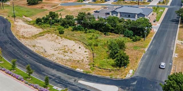602 W Windcrest Street, Fredericksburg, TX 75254 (MLS #14433022) :: Real Estate By Design
