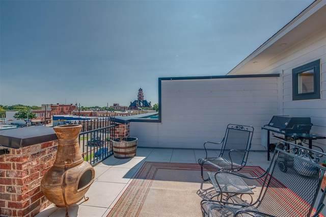 361 W Franklin Street, Waxahachie, TX 75165 (MLS #14433287) :: The Hornburg Real Estate Group