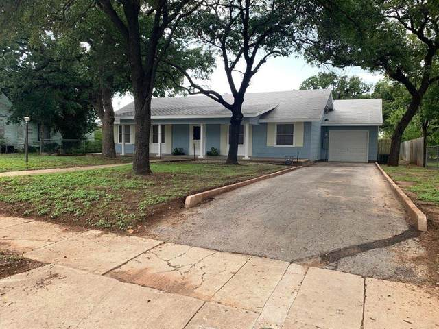 1102 1st Street, Brownwood, TX 76801 (MLS #14433835) :: The Mauelshagen Group