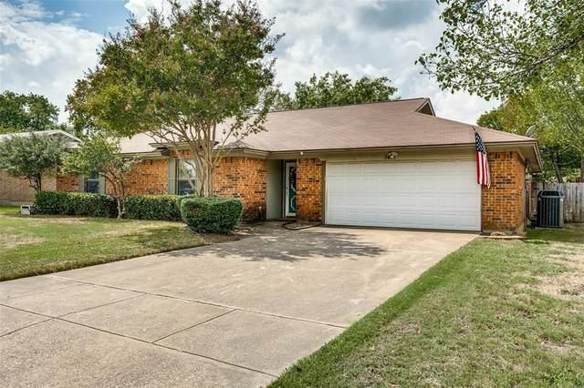 7617 Perkins Drive, North Richland Hills, TX 76182 (MLS #14436275) :: Trinity Premier Properties