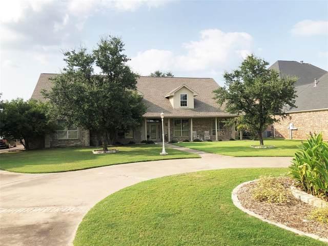 1914 W Emerald Bend Court W, Granbury, TX 76049 (MLS #14436397) :: The Good Home Team