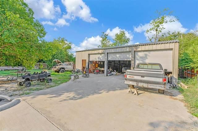 3229 Jane Lane, Haltom City, TX 76117 (MLS #14437346) :: NewHomePrograms.com LLC
