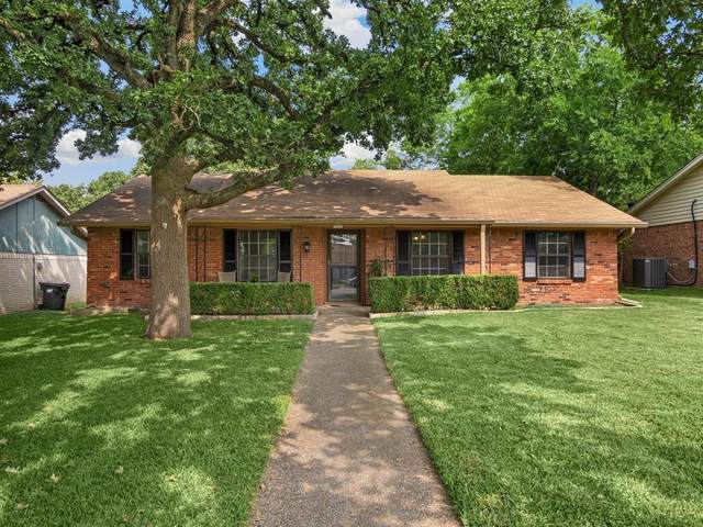 216 Hampton Avenue, Corsicana, TX 75110 (MLS #14437555) :: The Rhodes Team