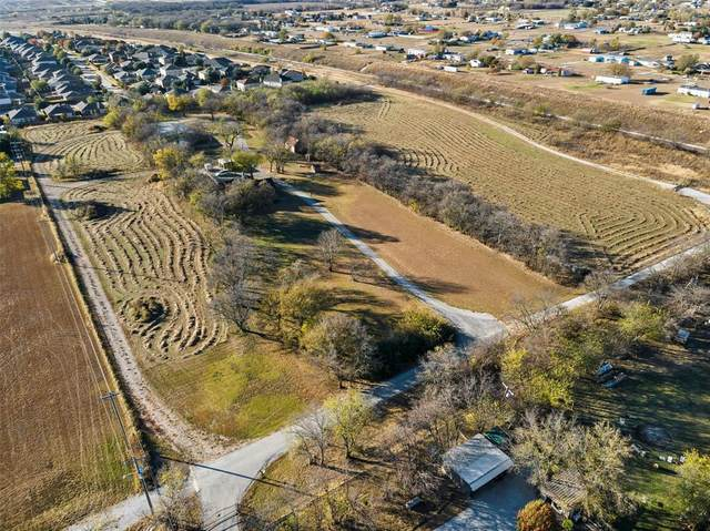 18033 Tydings Road, Justin, TX 76247 (MLS #14441205) :: Real Estate By Design