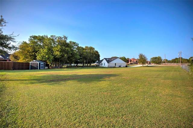 10692 Karol Jean Way, Quinlan, TX 75474 (MLS #14441925) :: Potts Realty Group