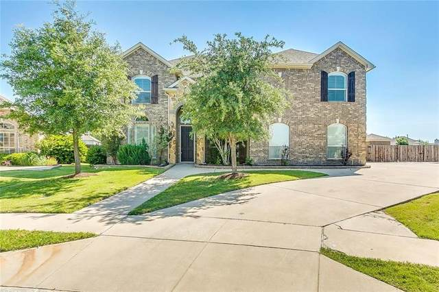11816 Wolfcreek Lane, Fort Worth, TX 76244 (MLS #14442680) :: The Daniel Team