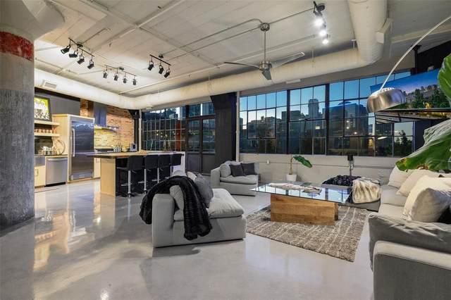 2220 Canton Street #302, Dallas, TX 75201 (MLS #14444832) :: The Hornburg Real Estate Group