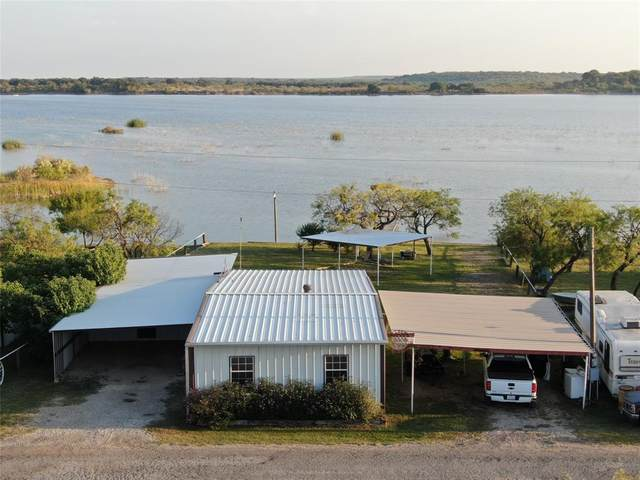704 Lakeview Drive, Coleman, TX 76834 (MLS #14447328) :: The Kimberly Davis Group