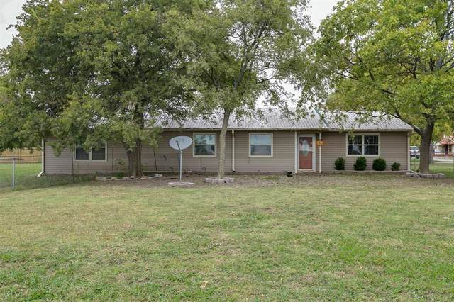 300 W Locust Street, Leonard, TX 75452 (#14448885) :: Homes By Lainie Real Estate Group