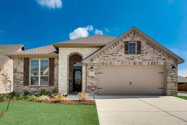 7632 Bellingham Drive, Fort Worth, TX 76179 (MLS #14449271) :: The Paula Jones Team | RE/MAX of Abilene