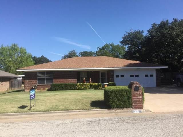 1305 Fairway, Graham, TX 76450 (MLS #14451848) :: The Kimberly Davis Group