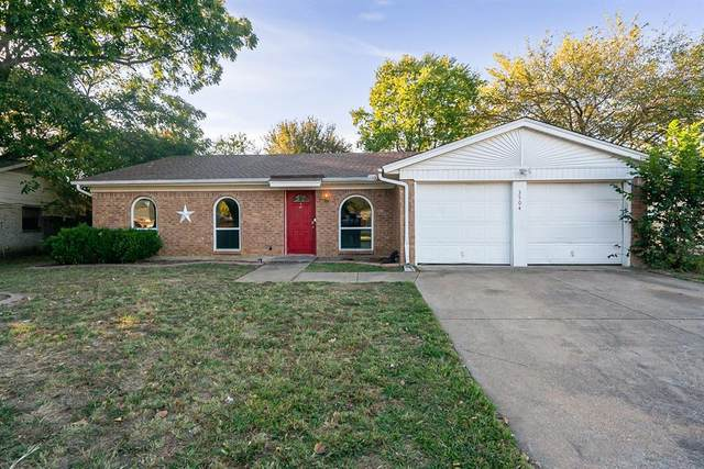 3504 Woodbridge Drive, Forest Hill, TX 76140 (MLS #14454122) :: Robbins Real Estate Group
