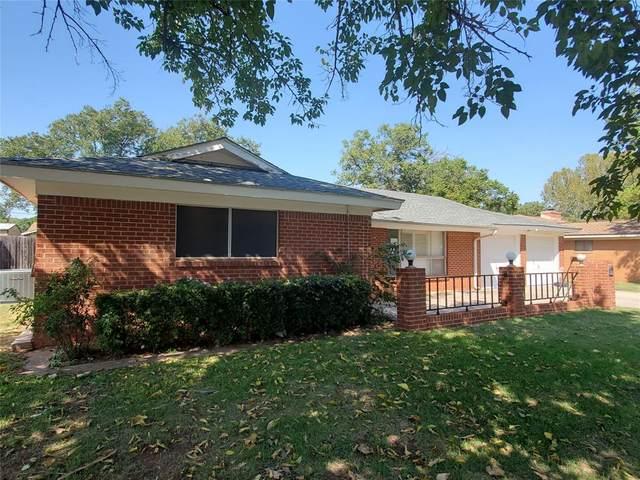 1426 Westwood Drive, Abilene, TX 79603 (MLS #14461426) :: Maegan Brest | Keller Williams Realty