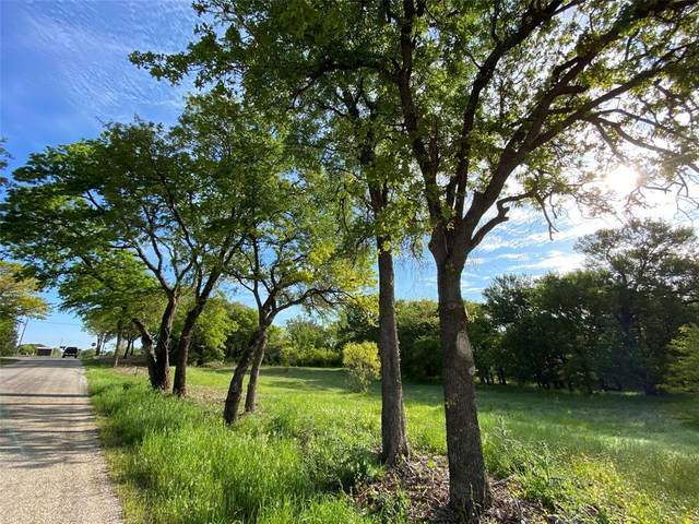 Tract 5 Cr 1370, Alvord, TX 76225 (MLS #14461755) :: The Kimberly Davis Group