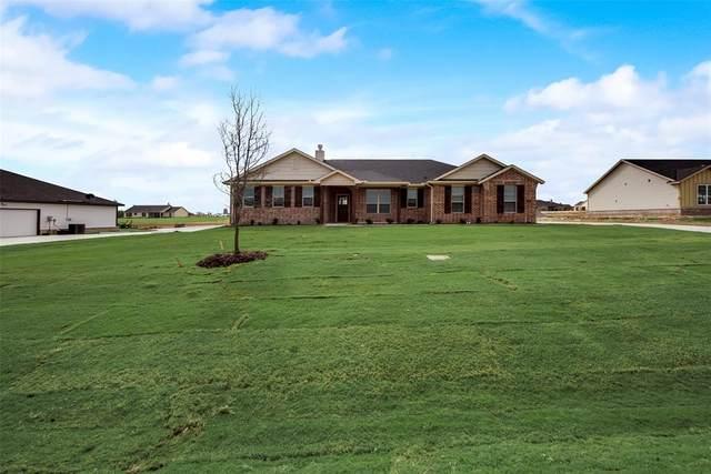 157 Oak Grove Drive, Rhome, TX 76078 (MLS #14464846) :: Potts Realty Group