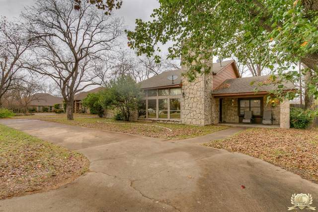 5206 Wedgefield Road, Granbury, TX 76049 (MLS #14469072) :: The Kimberly Davis Group