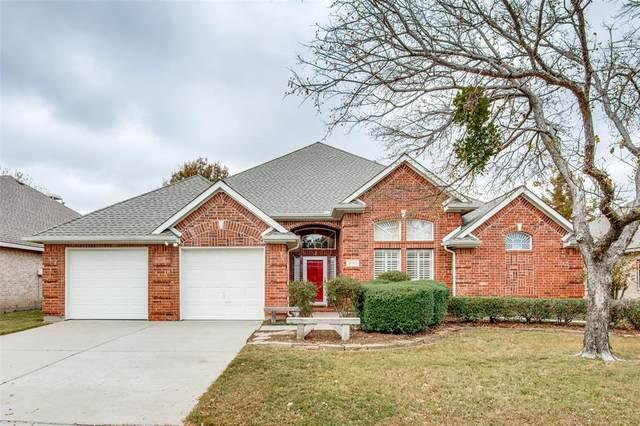 2111 Oakcrest Court, Corinth, TX 76210 (MLS #14473962) :: Real Estate By Design