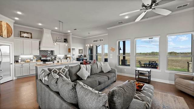 1300 Murrah, Kaufman, TX 75142 (MLS #14474380) :: Potts Realty Group