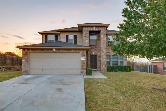 2425 Buffalo Run Drive, Burleson, TX 76028 (MLS #14474616) :: The Hornburg Real Estate Group