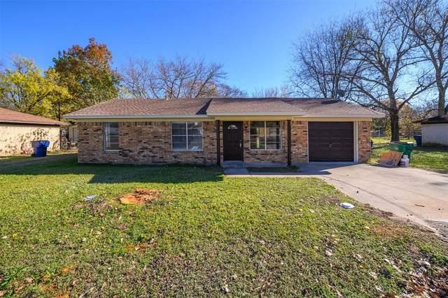621 S Washington Street, Pilot Point, TX 76258 (MLS #14477235) :: Real Estate By Design