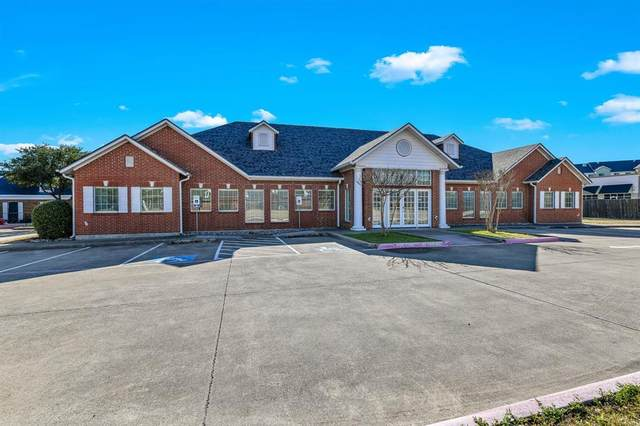2805 Prince George Avenue, Desoto, TX 75115 (MLS #14477326) :: The Kimberly Davis Group