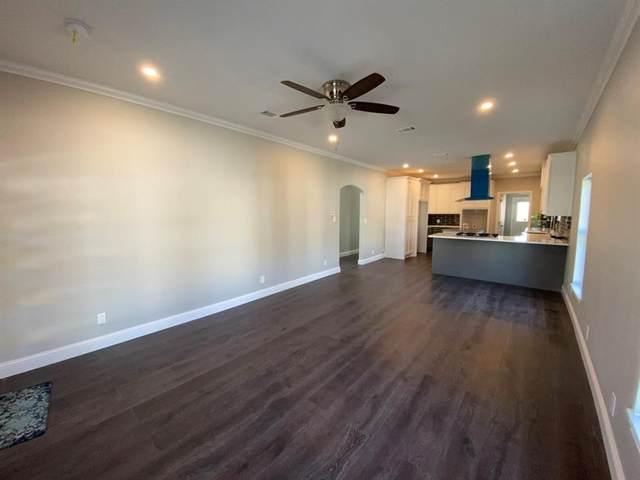 917 S Brighton Avenue, Dallas, TX 75208 (MLS #14483500) :: Real Estate By Design